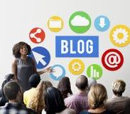 Blog-Blogging zufriedene Website-on-line-Konzept Lizenzfreie Stockfotografie