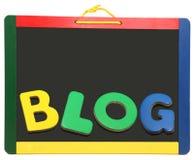 Blog buchstabiert heraus auf Tafel Lizenzfreie Stockbilder