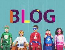 Blog, das zufriedenes homepage-Informations-Konzept anschließt Lizenzfreie Stockfotografie