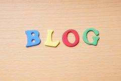 Blog in den Schaumgummibuchstaben Stockfotos