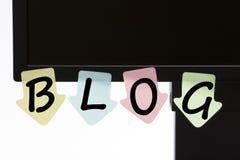 Blog geschrieben auf Farbaufkleberkonzept Stockfotografie
