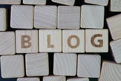 BLOG, weblog, Diskussion oder schreiben Informationen auf Websitekonzept Lizenzfreie Stockfotografie