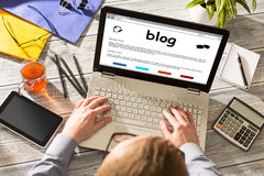 Blog Weblog-Medien-Digital-Wörterbuch-on-line-Konzept Stockfoto