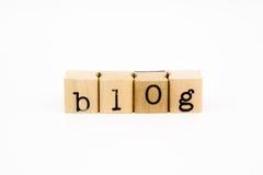 Blogbenennungsisolat auf weißem Hintergrund Stockfotografie