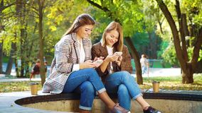 Bloggers using smartphones for promoting services and goods in social media