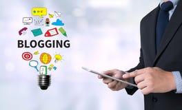 Blogging royaltyfri illustrationer