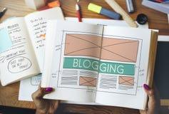 Blogging Blog-Social Media-Vernetzungs-Internet, das Concep anschließt Stockbild