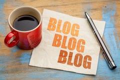 Blogging Konzept auf einer Serviette Stockbild