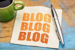 Blogging Konzept auf einer Serviette Stockfoto