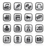 Blogging preto e branco, uma comunicação e ícones sociais da rede Fotos de Stock Royalty Free