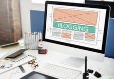 Blogging socialt massmedia för blogg som knyter kontakt internet som förbinder Concep Royaltyfri Foto