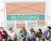 Blogging socialt massmedia för blogg som knyter kontakt internet som förbinder Concep Fotografering för Bildbyråer