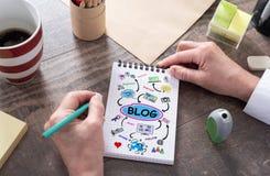 Blogkonzept auf einem Notizblock Lizenzfreie Stockbilder