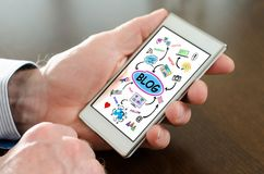 Blogkonzept auf einem Smartphone Lizenzfreies Stockbild