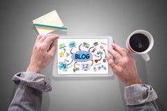 Blogkonzept auf einer Tablette Stockbilder
