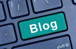 Blogwort auf Tastatur Lizenzfreies Stockfoto
