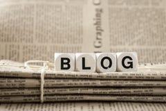 Blogwort und -zeitungen Stockfotografie