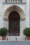 Blois - der Eingang zur Kirche von St.-Nicolas. Stockfotografie