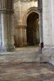 Blois - der Innenraum von St.-Nicolas-Kirche. Stockbild