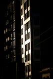 Blok mieszkaniowy przy półmrokiem (2) Zdjęcie Royalty Free