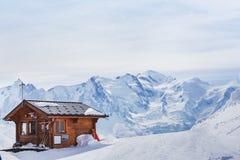 Blokhuis in de winterbergen Royalty-vrije Stock Afbeelding