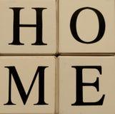 Blokken die Huis spellen Stock Afbeeldingen
