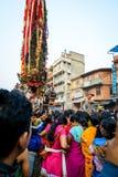 Blokkenwagen van regenrato Machhindranath optocht in Patan, Nepal Stock Foto