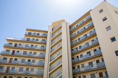 blokowy mieszkań vertical widok Obrazy Royalty Free