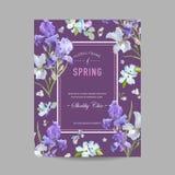Blom- blomvårram med purpurfärgade Iris Flowers Inbjudan affisch, mall för reklamblad för hälsningkort Royaltyfria Foton