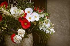 Blom- dekor för tappning Royaltyfria Foton