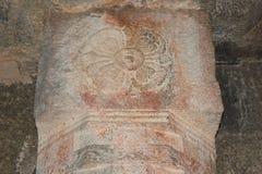 Blom- design för Hampi Vittala tempel som snider i pelaren Royaltyfri Fotografi