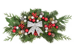 Blom- garnering för jul med pilbågen Royaltyfria Foton