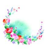 Blom- krans Girland med det vallmoblomman, bäret och örten Royaltyfria Foton