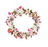 Blom- krans med rosa färgblommor, fjädrar, hjärtor, tangenter Vattenfärgcirkelram för valentindag som gifta sig Arkivfoton