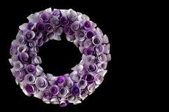 Blom- kranssvartbakgrunder Royaltyfri Fotografi