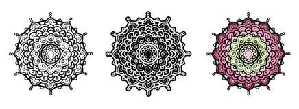 Blom- mandala för färgläggningbok och din design mönstrad runt Arkivfoto
