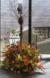 Blom- ordning på buketter till den konstutställningen 2018 Arkivbild