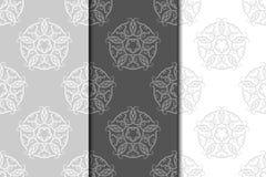 blom- prydnadtappning för dekorativa element Gråa sömlösa modeller för tyg och tapet royaltyfri illustrationer