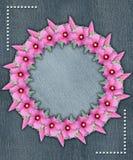 Blom- rund ram med grov bomullstvillbakgrund vektor illustrationer
