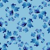 Blom- sömlös modell för vattenfärg med blommor och blad Fotografering för Bildbyråer