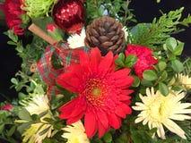 Blombukett med blom- design för jul Arkivbild