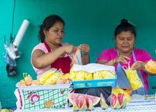 Blomma & gömma i handflatan festivalen i Panchimalco, El Salvador Royaltyfri Foto
