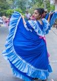 Blomma & gömma i handflatan festivalen i Panchimalco, El Salvador royaltyfri fotografi