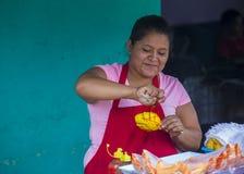 Blomma & gömma i handflatan festivalen i Panchimalco, El Salvador Fotografering för Bildbyråer