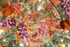 Blomma med abstrakt begrepp royaltyfri illustrationer