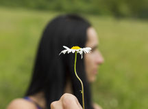 Blomma och flicka royaltyfria foton