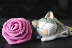 Blomma och katt Royaltyfria Foton