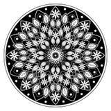Blomma- och sidamandalaprydnad Arkivbild