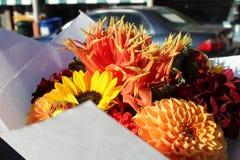 Blommabukett från marknad Arkivbilder