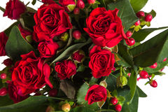 Blommabukett från röda rosor royaltyfria bilder